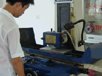 Turning machine for nut and